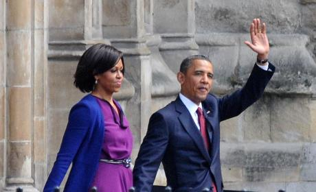 Obama Divorce Story: New Book Claims Michelle Nearly Left Barack in 2000