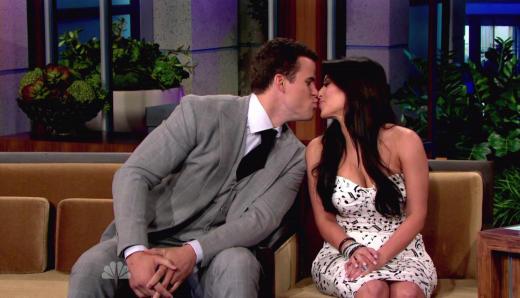 Kris and Kim Kiss!