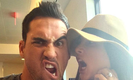 Andi Dorfman and Josh Murray: No Rush to Get Married! Totally in Love!