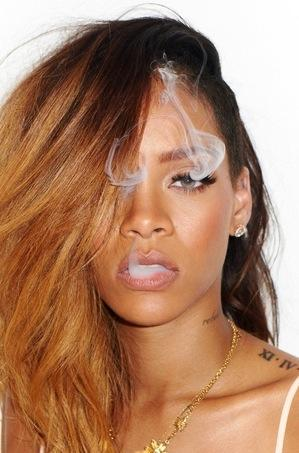 Smoking Rihanna Picture