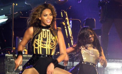 Beyonce Demands: Red Toilet Paper, Titanium Straws and More!