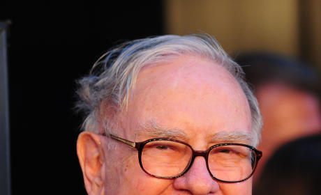 Warren Buffett Turns 82, Gives Kids $100 Million