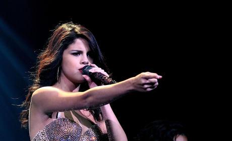 Selena Gomez Stalker to Judge: Restrain Me!