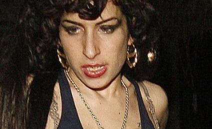 Blake Fielder-Civil Compiling List of Amy Winehouse Indiscretions, Lovers to Use in Divorce Case