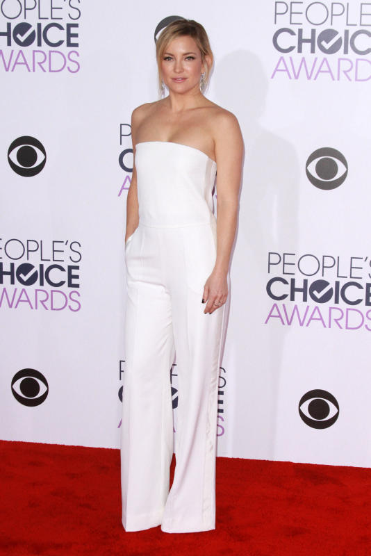 Kate hudson 2016 peoples choice awards