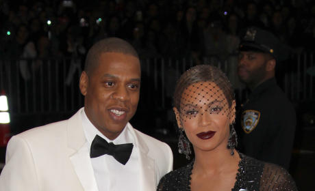 Beyonce to Kelly Rowland: I'm Getting Divorced!
