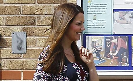 Kate Baby Bump Photograph