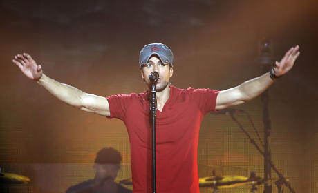 Enrique Iglesias in the UK