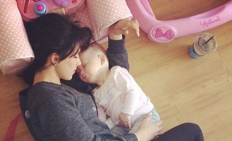Hilaria Baldwin Naps with Baby on Instagram, Pulls a Gwyneth Paltrow