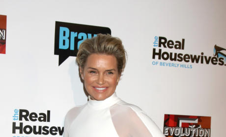 Yolanda Foster: Lisa Rinna Meddles In Other People's Business!