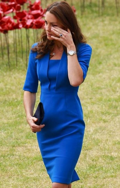 Kate Middleton: Baby Bump in Blue?