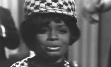 "Fontella Bass Dies; ""Rescue Me"" Singer Was 72"