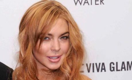 Lindsay Lohan Pregnant? World Scoffs at Late Night Tweet