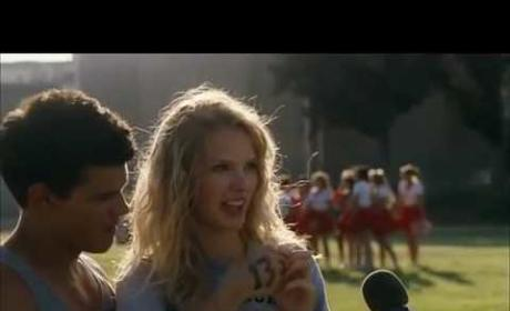 Watch Taylor Squared Make Out!