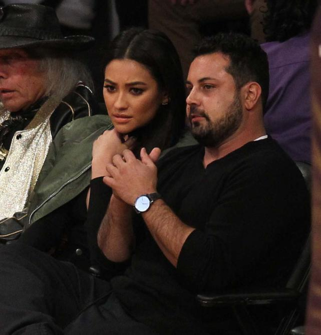 Shay Mitchell Watches Lakers Play The Bulls