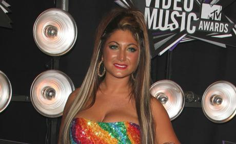 MTV VMAs Fashion Face-Off: Women of Jersey Shore Edition!