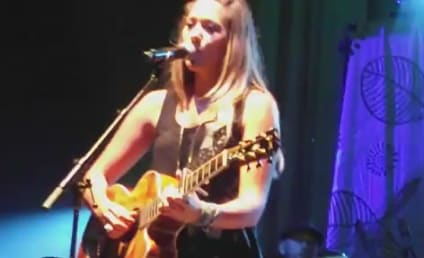 Colbie Caillat Swarmed By Bugs, Runs For Cover During Live Performance