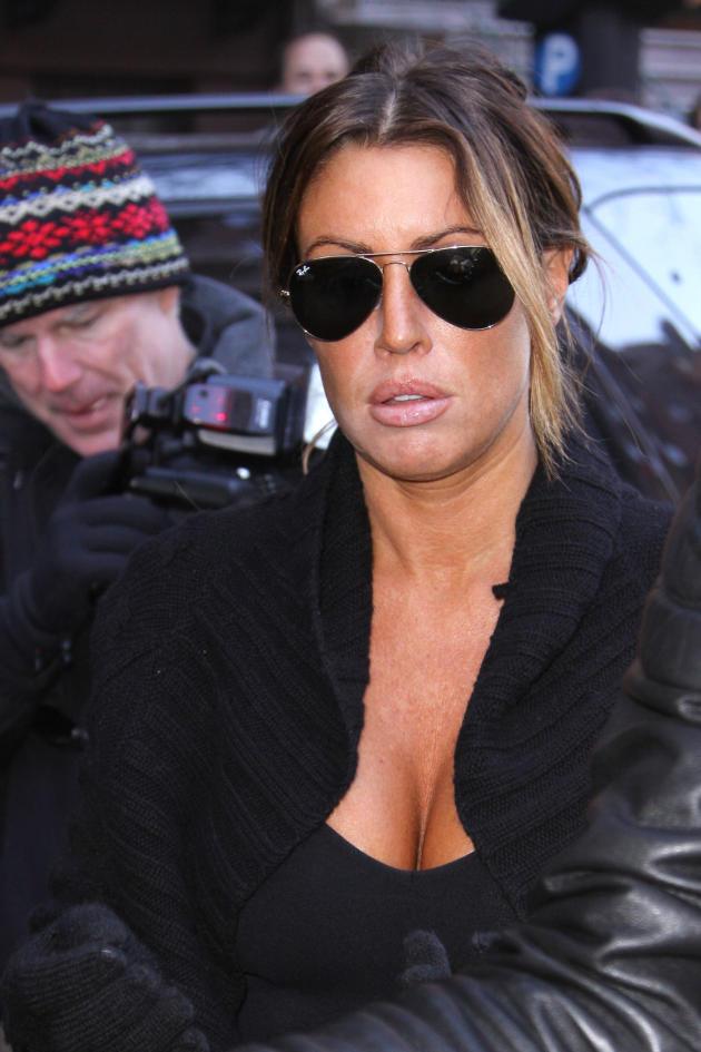 rachel uchitel sunglasses photo