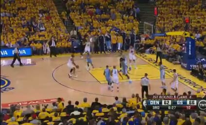 Stephen Curry Scores 22 Points in Third Quarter, is Beyond Ridiculous at Basketball