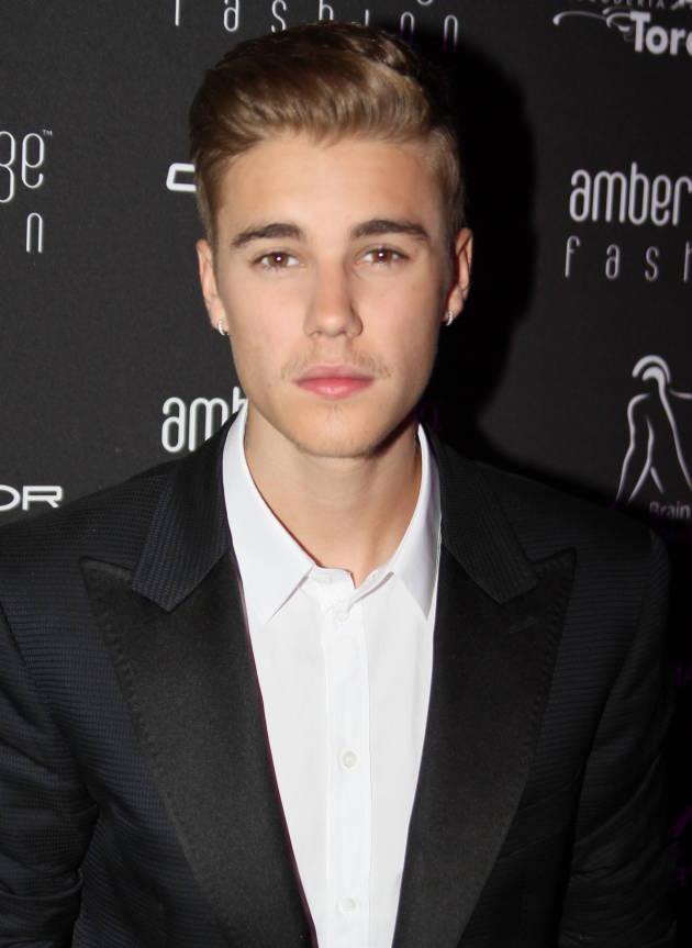 Justin Bieber Mustache Fail