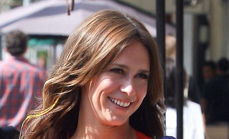 Jennifer Love Hewitt to Star on Law & Order: SVU?