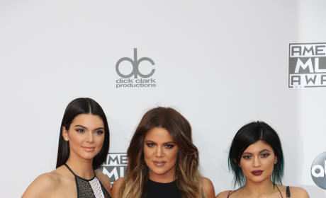 Khloe Kardashian, Kylie and Kendall Jenner: AMAs Photo