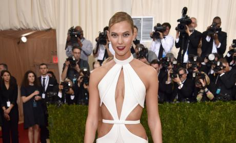 Karlie Kloss: 2016 Costume Institute Gala