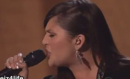 "Lady Antebellum Performs ""Just a Kiss"" at Billboard Music Awards"