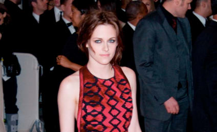MET Fashion Face-Off: Kristen Stewart vs. J. Lo