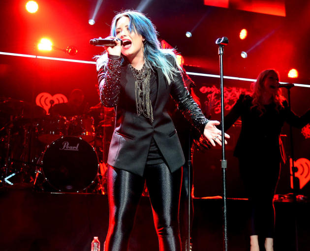 Demi Lovato Jingle Ball Pic