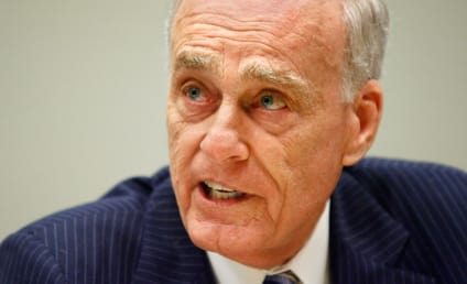 Vincent Bugliosi Dies; Charles Manson Prosecutor and Helter Skelter Author Was 80