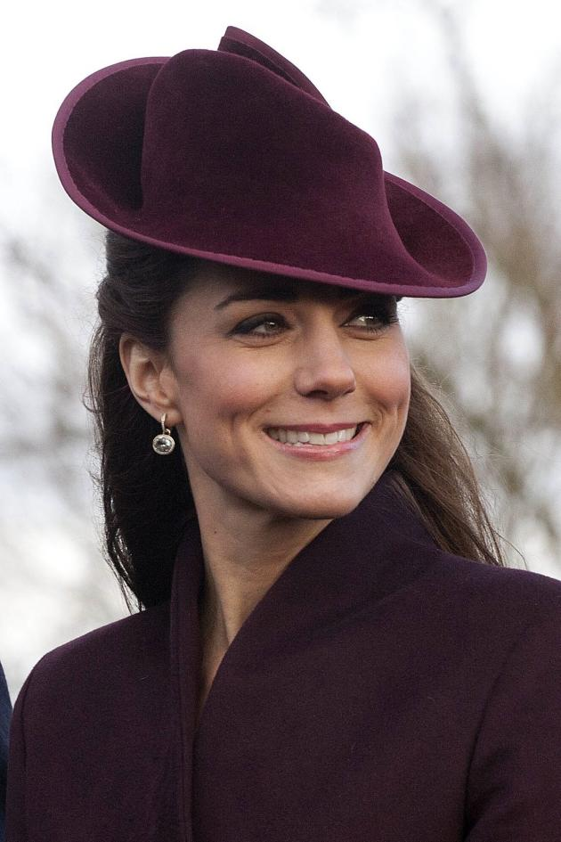 Kate Middleton Christmas Earrings