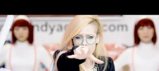 Avril Lavigne: Hello Kitty Video Banned By YouTube!