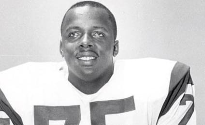 Deacon Jones Dies, Former NFL Great was 74