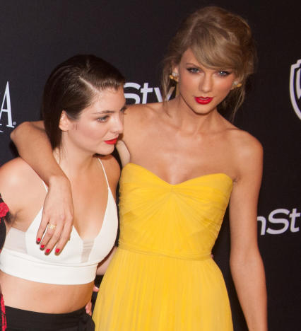 Lorde and Taylor Swift: Golden Globes 2015
