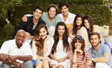 Kardashian Family Photo: Where's Kanye West?!?