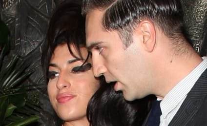 Amy Winehouse and Reg Traviss: Dating!