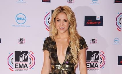 Celebrity Hair Affair: Shakira