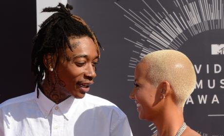 Wiz Khlaifa Smiles at Amber Rose