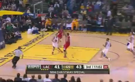 Blake Griffin Dunks Against Warriors (VIDEO)