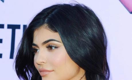 Kylie Jenner Finds Gray Hair, Has Panic Attack