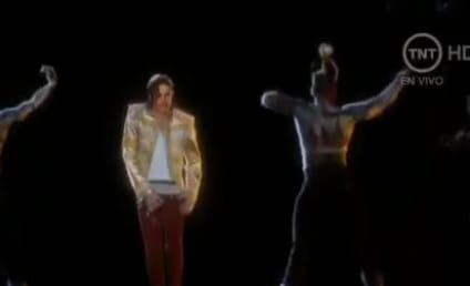 Michael Jackson Hologram Performs at Billboard Music Awards: Watch in Awe Now!