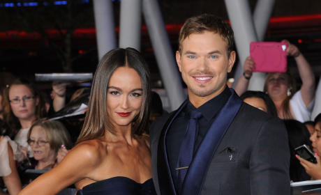 Kellan Lutz Splits from Sharni Vinson