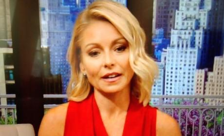 "Kelly Ripa Makes Live! Return, Jokes About ""National Nightmare"""