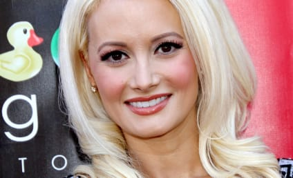 Holly Madison Rips Crystal Harris for Attending Vegas Pool Party