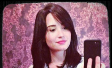 What do you think of Demi Lovato's short hair?