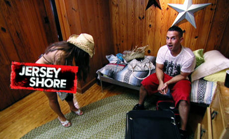 Jersey Shore Season 3 Premiere Recap: Comin' at You Like a Squirrel Monkey!