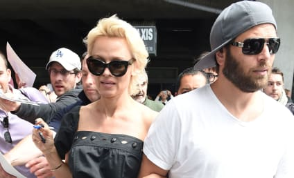Pamela Anderson and Rick Salomon to Divorce ... For the THIRD Time!