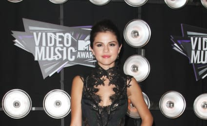 MTV VMAs Fashion Face-Off: Selena Gomez vs. Miley Cyrus