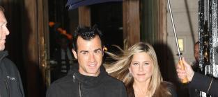 Jennifer Aniston and Justin Theroux: Engaged!!!